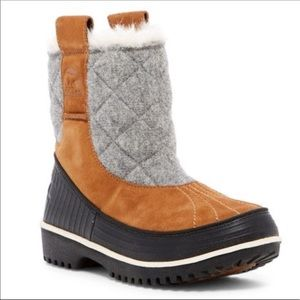 SOREL Trivoli Quilted Felt Shearling Boot